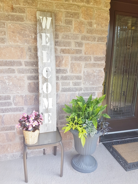 Rustic Front Porch Welcome Sign