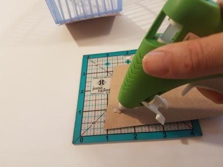 Glueing.jpg